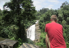 valara waterfalls in munnar